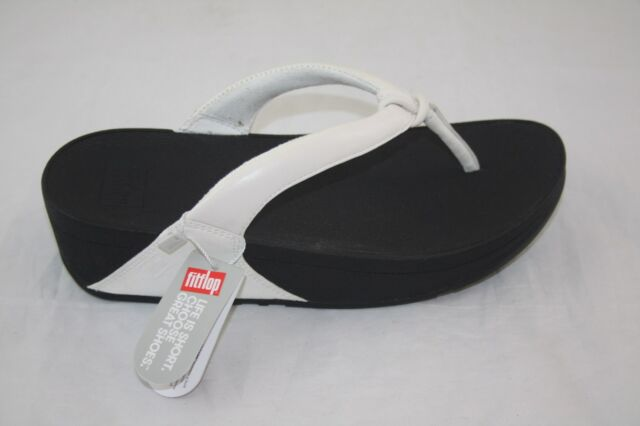 0edc991eedc0b Women s FitFlop Swirl Thong Sandal 5 M Urban White Soft Leather