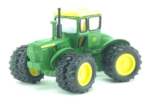 1/64 ERTL JOHN DEERE 7020 4WD DIESEL TRACTOR 2003 NATIONAL FARM TOY SHOW