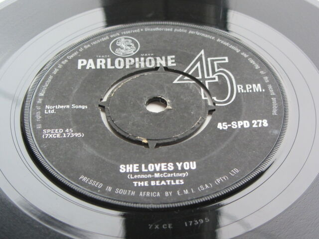 THE BEATLES original 1963 SUR African 45 SHE LOVES YOU 45-spd 278