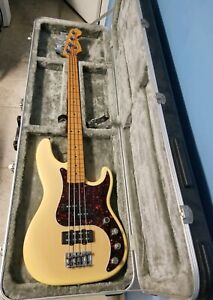 USA-Fender-American-P-Bass-Deluxe-Precision-Bass-Guitar-Blonde-4-String-w-Case