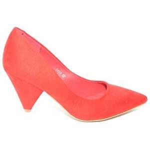 Decollete rosso in camoscio a punta tacco cono basso linea glamour tendenza comf