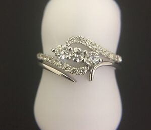 18Carat-White-Gold-3-Diamond-Trilogy-Ring-0-56ct-With-Shaped-Band-GH-SI-Hallmark