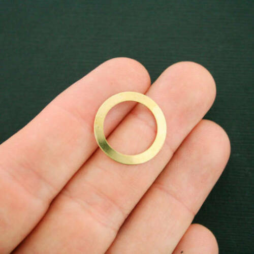 BR009 4 Brass Linking Rings 20mm 2 Sided Geometric Circle Pendant