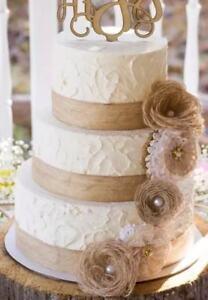 Torte Matrimonio Country Chic : Cake decorations hessian lace flowers vintage shabby chic wedding