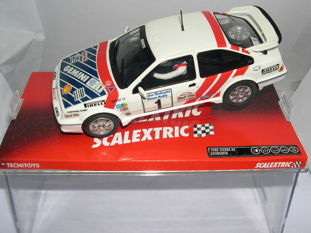 SCALEXTRIC 6483 FORD SIERRA RS COSWORTH J.McRAE I.GRINDROD MB
