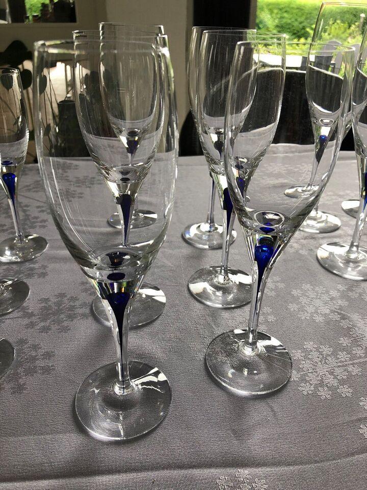 Glas, Vinglas , Orrefors blå dråbe