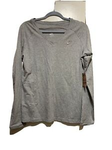 NWT-Nike-Womens-Top-Shirt-Gray-Raglan-Long-Sleeve-V-Neck-Stretch-Sz-L
