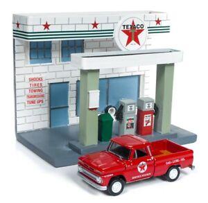 Chevrolet-Truck-1965-Texaco-Service-Station-Johnny-Lightning-Model-1-64