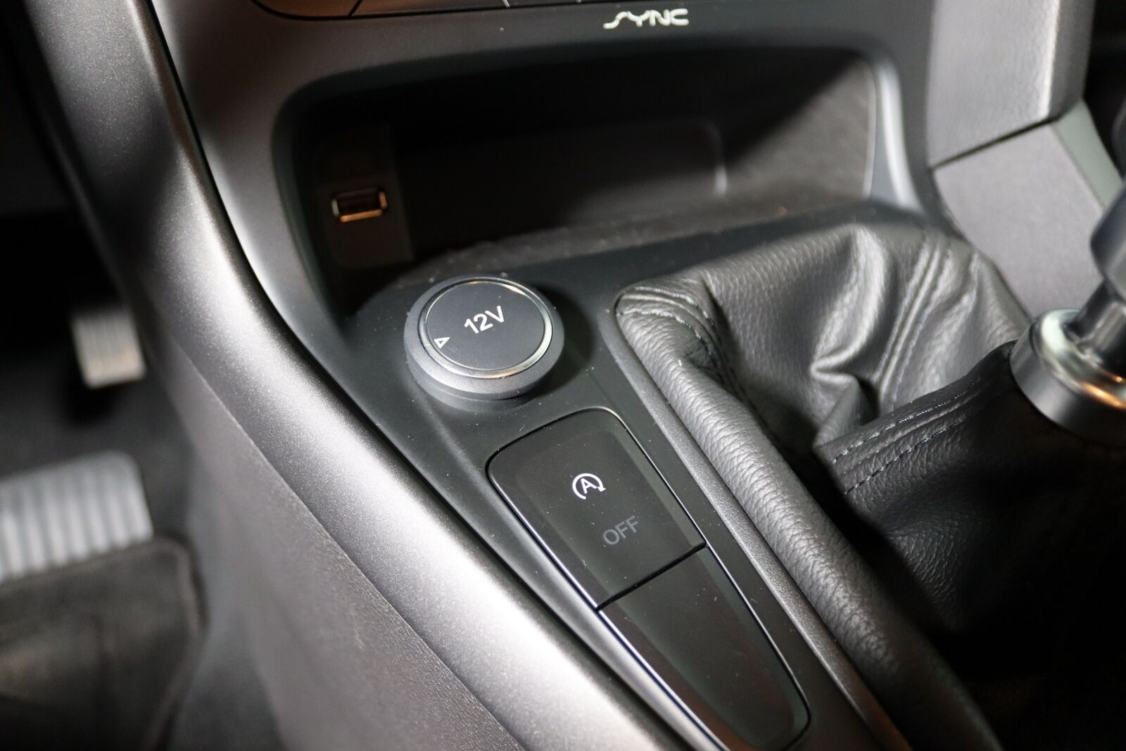 Ford Focus 1,6 TDCi 115 Business stc. - billede 12