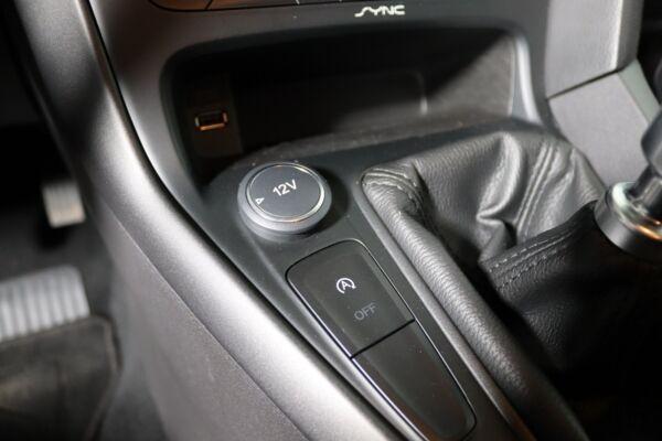Ford Focus 1,6 TDCi 115 Business stc. billede 12
