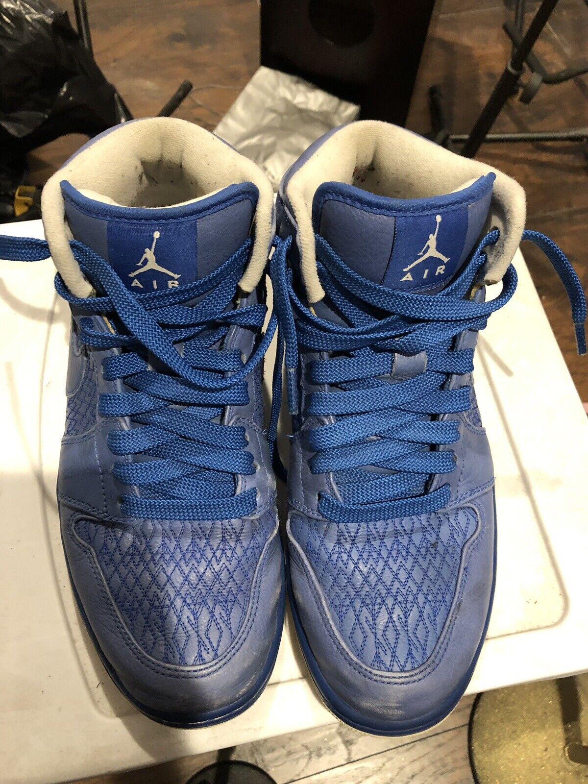 Nike Air Jordan 1 Mid - bluee Size US 9.5