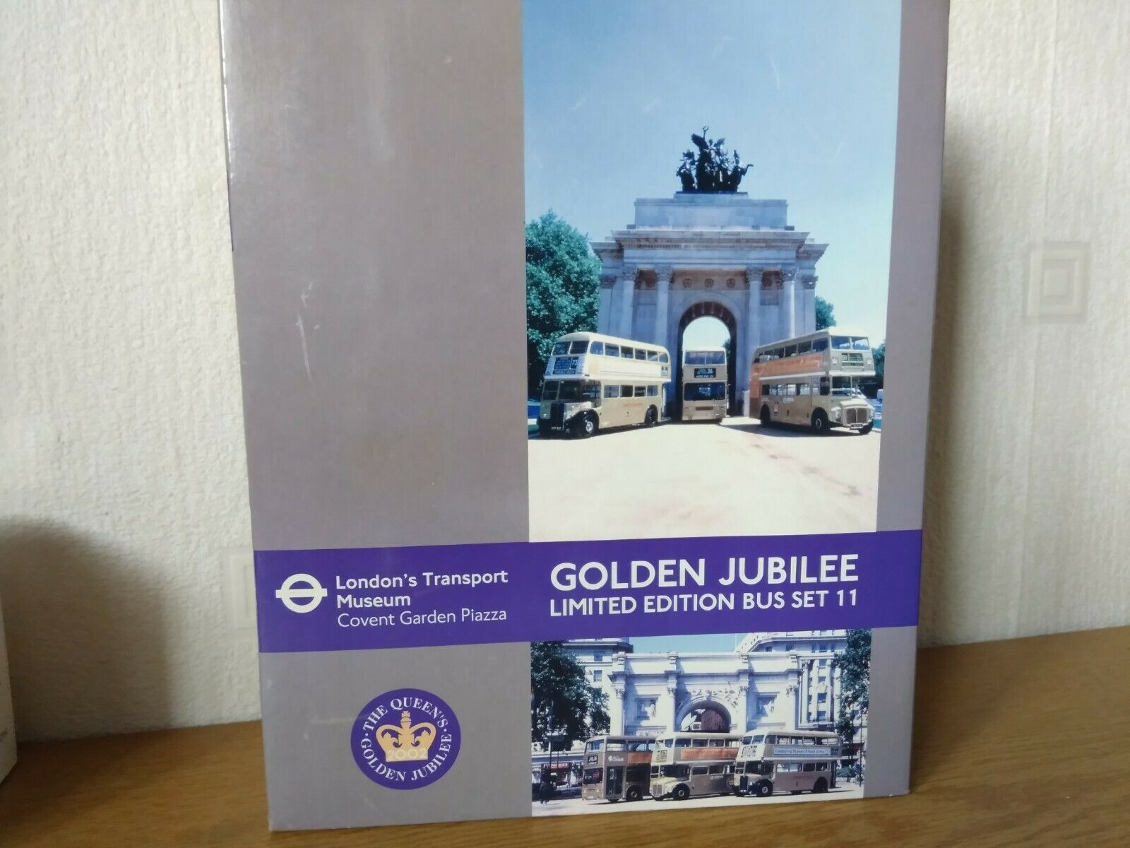 EFE  BUS SET 11 GoldEN JUBILEE