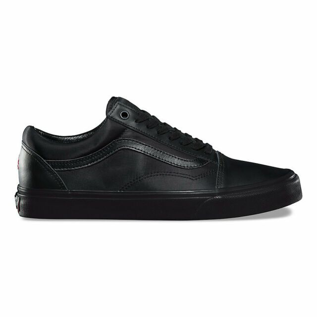 adb133a23e VANS Old Skool ATCQ All Black Red Women s 8 Skate Shoes a Tribe for ...
