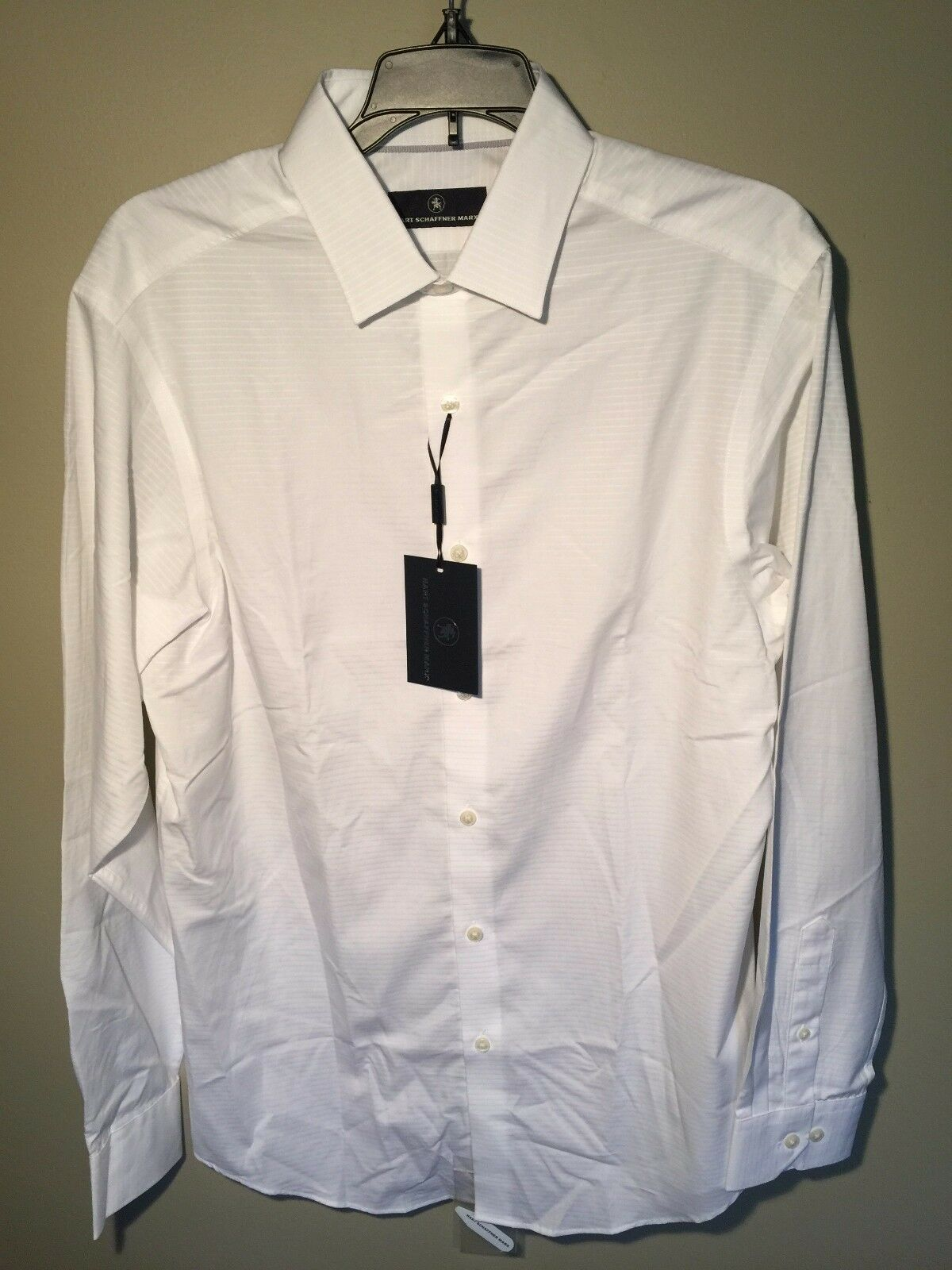 HART SCHAFFNER MARX DRESS CASUAL SHIRT 100% COTTON-MEDIUM