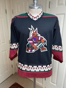 Vintage CCM NHL PHOENIX COYOTES Black Hockey Jersey Size L