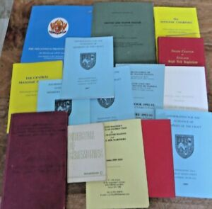 MISCELLANEOUS MASONIC BOOKLETS AND POCKET BOOKS (32)