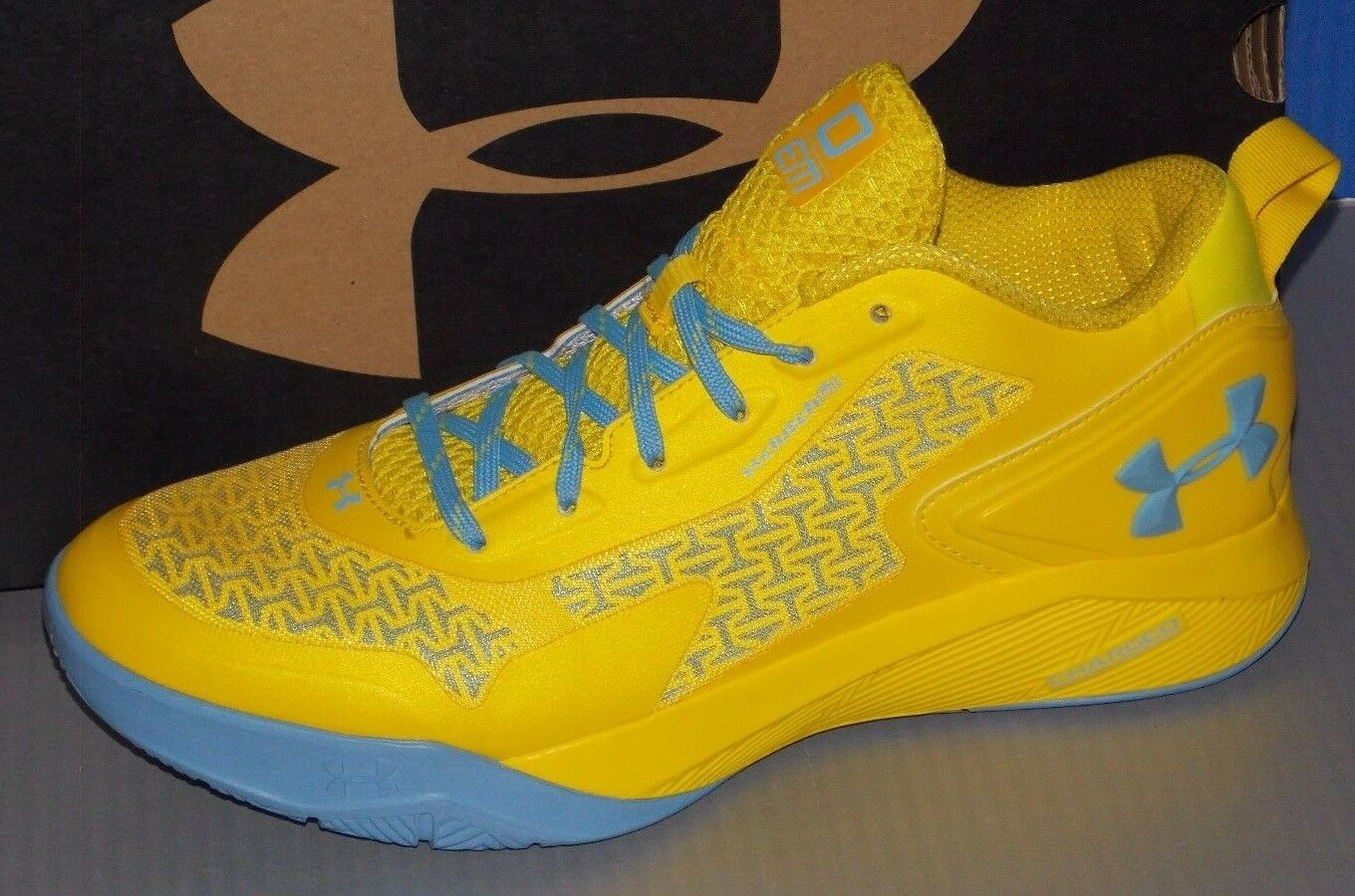 MENS UNDER ARMOUR CLUTCHFIT DRIVE 2 LOW TAXI YELLOW / TAXI YELLOW / CBL SZ 11.5