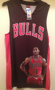 4924cf6b23c6 Chicago Bulls - Derrick Rose Jersey with Picture of Rose  1 -Screen ...