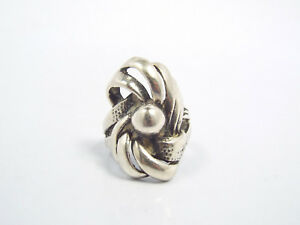 Vintage-Sterling-Silver-Ribbon-amp-Bead-Design-Ring-size-6-5