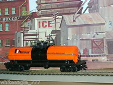 Tyco *HOOKER  40' Chemical Tank Car with ** PLATFORM ** HO Scale Train *mint*