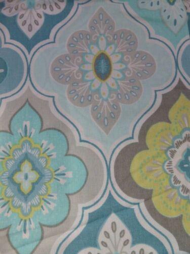 "Peri Home Lilian Tile Fabric Shower Curtain BWY 72/"" x 72/"" NIP"