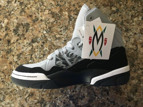 ADIDAS MUTOMBO BASKETBALL SNEAKERS RARE AND SOLD OUT IN STORES