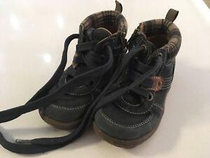 Geox Schuhe 23 Halbschuhe Sneakers Mädchen neuwertig! in