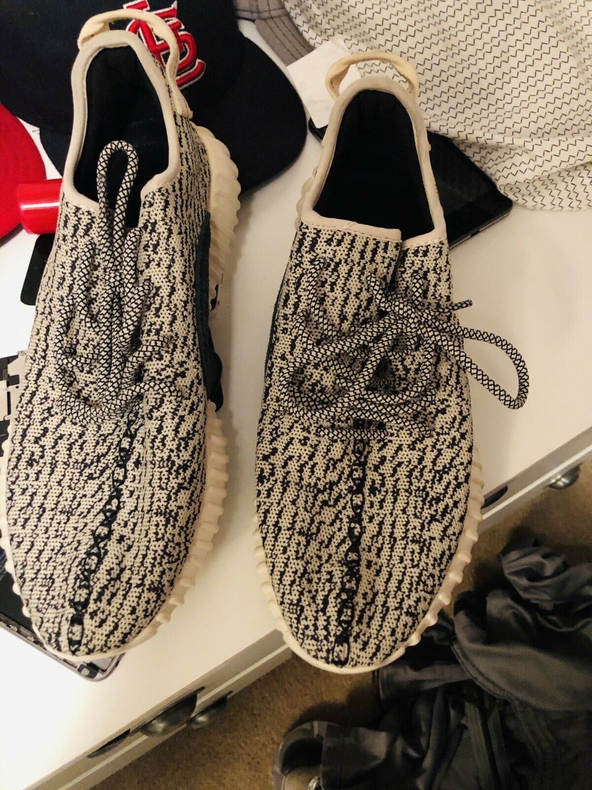 Yeezy boost 350 turtle dove size 10