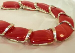 Vintage-1960-039-s-Lisner-Signed-Bright-Red-Moonglow-Mellow-Gold-Tone-Necklace-187M9