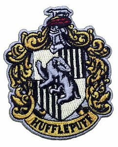 Harry potter house of hufflepuff crest applique inch - Blason serdaigle ...
