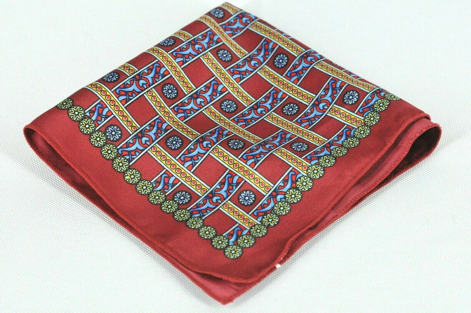 Lord R Colton Masterworks Pocket Square Vatican Red Silk - Retail New