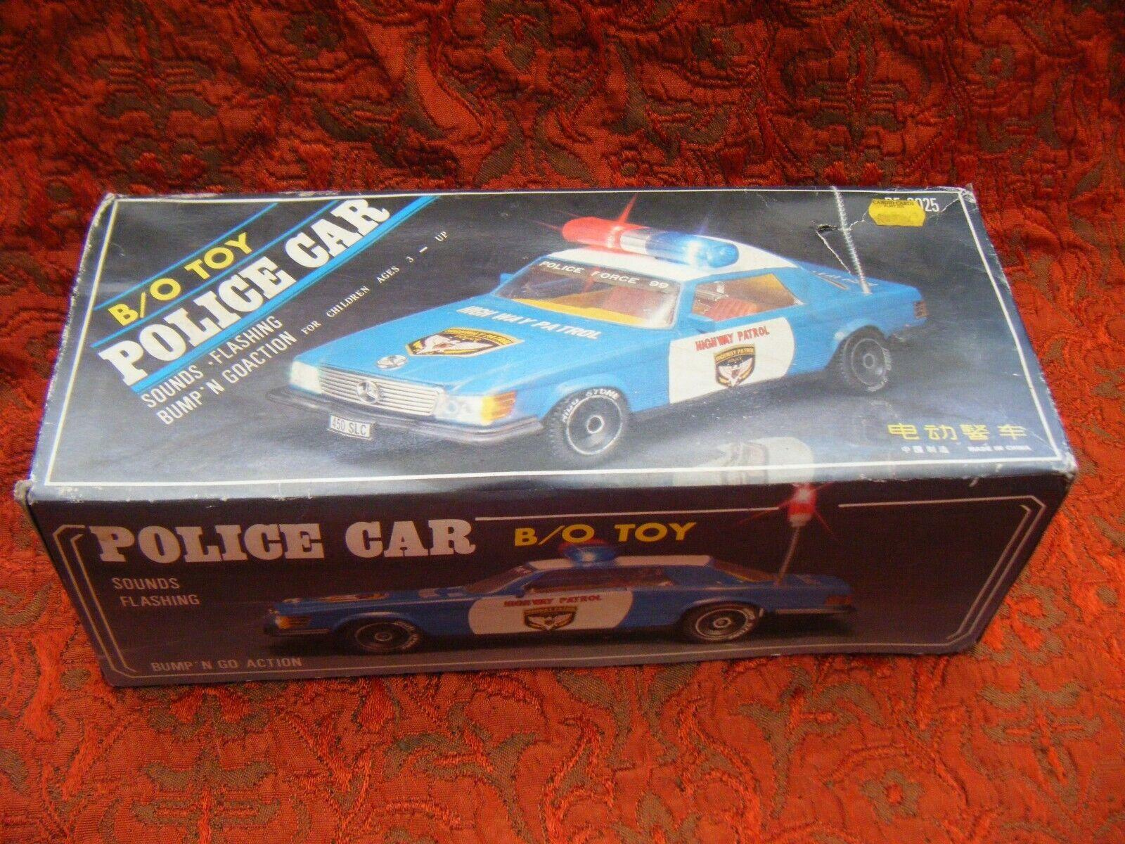 Vintage B S Mercedes 450 SLC Highway Patrol Bump N Go coche de policía