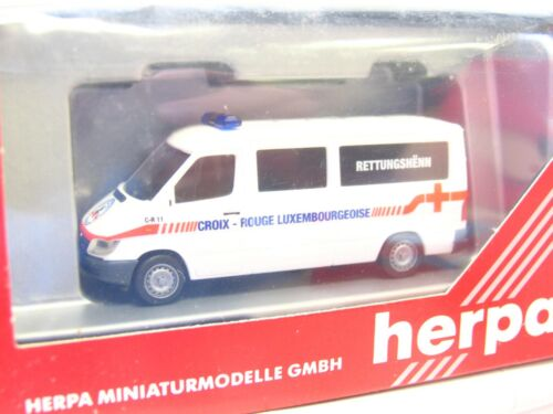 LN2844 Herpa 1//87 046121 MB Sprinter Rettungshenn Croix-Rouge Luxemburg OVP