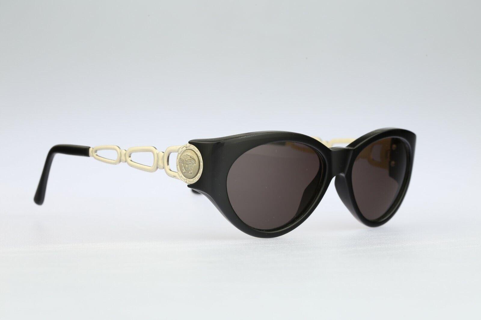 Gianni Versace 490 N52, 90s Vintage cat eye sungl… - image 2