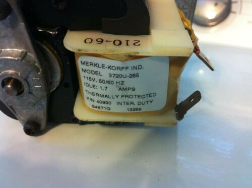 Merkle-Korff 3720U-265 Motor with Gearbox 40990
