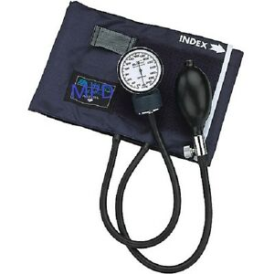 Manual bp cuff with gauge