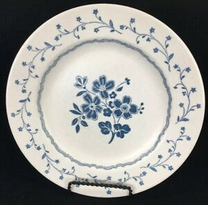 Royal-China-Americana-Country-Charm-10-1-8-Dinner-Plate-Blue-Floral-Made-In-Usa