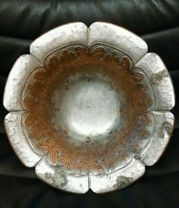 Trade Continental Mark Antique Beaten Copper 644 Acorn Bowl, Nice!