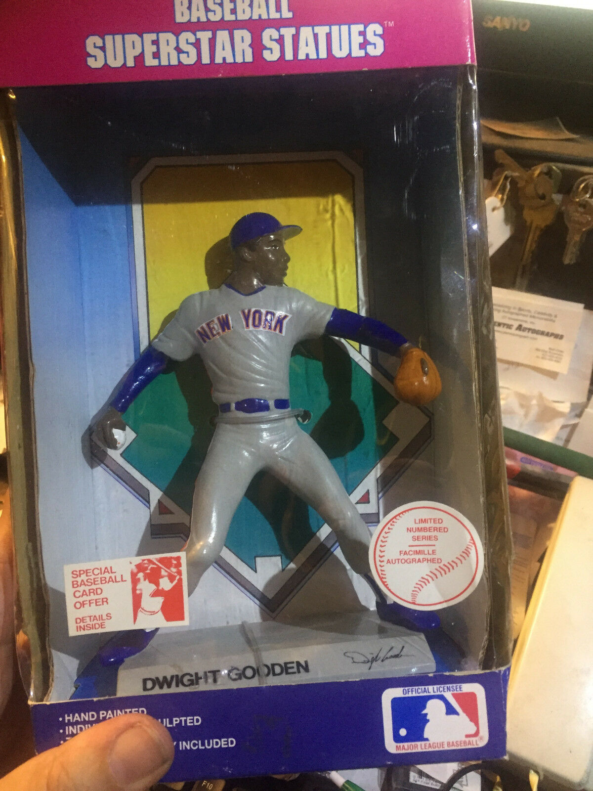 DWIGHT GOODEN---1988 GOODEN---1988 GOODEN---1988  BASEBALL SUPERSTAR STATUES --NEW   aee9e4