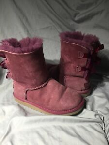 56f50747c99 GIRLS UGGS AUSTRALIA 3280K BAILEY PURPLE Wine LEATHER BOW CASUAL ...