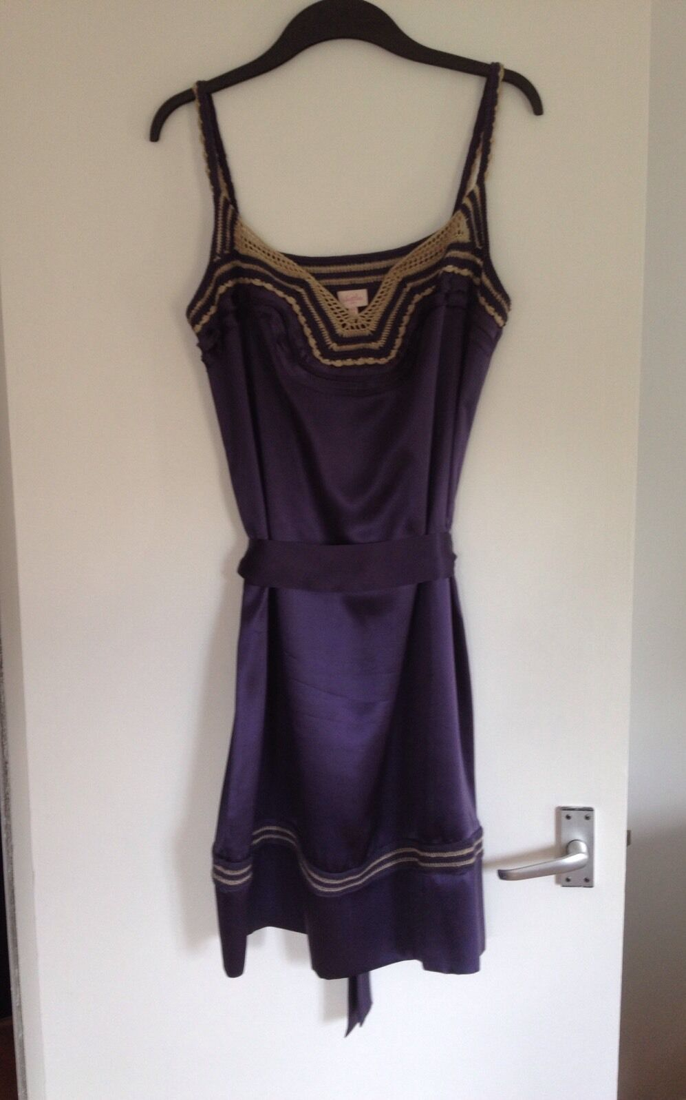 BNOWT Stunning Ladies Whistles Purple 100% Silk & Crochet Tie Belt Dress-Size 12