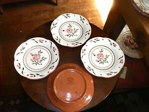 Image is loading 4-STANGL-COLONIAL-ROSE-BREAD-PLATES-6-1- & 4 STANGL COLONIAL ROSE BREAD PLATES 6 1/4\