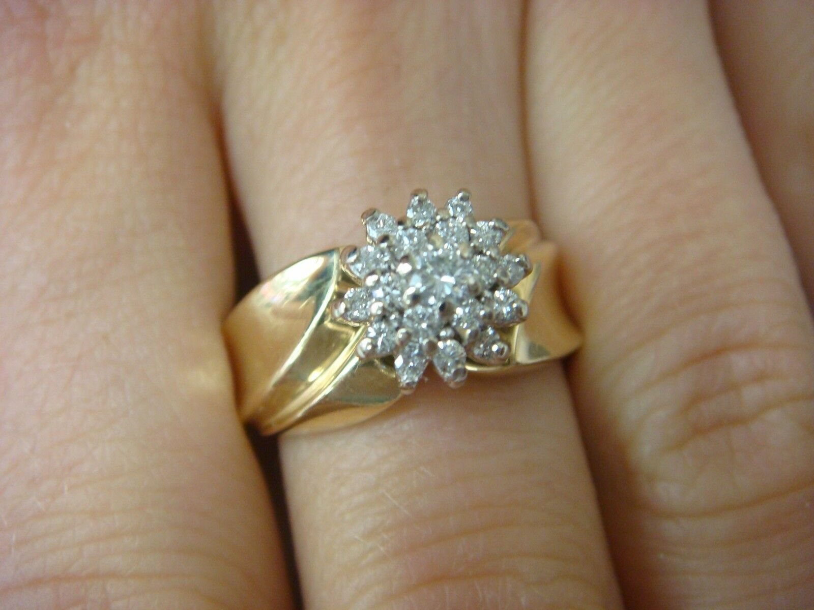 14K YELLOW gold, APPROX. 0.30CT T.W. GENUINE DIAMONDS, LADIES RING, 5.8 GRAMS