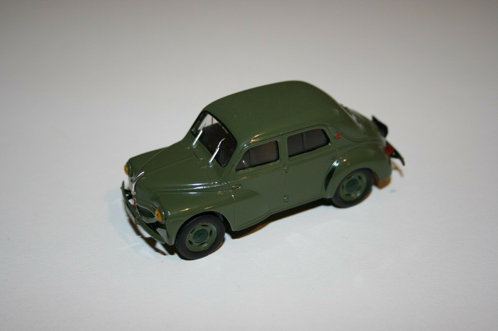 Miniature 4 CV Renault militaire