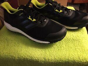 Adidas-Mens-Supernova-Gore-Tex-Boost-Running-Shoes-Size12-5-Black-NEW