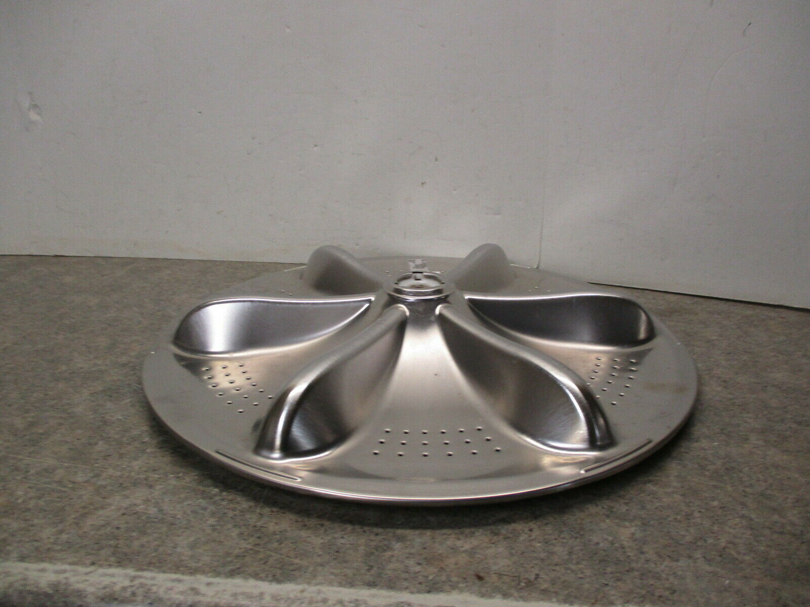 Samsung Washer Wash Plate P#  DC97-18154A