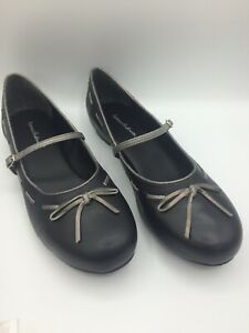 Hannah Anderson 9.5 M Flat Mary Janes Black w/Gray Trim Leather Brazil Size 39