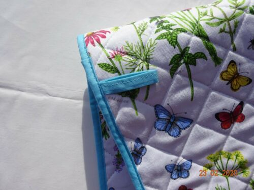 precioso patrón nuevo Doble Horno Guantes hierbas /& Mariposas Hechas en Reino Unido