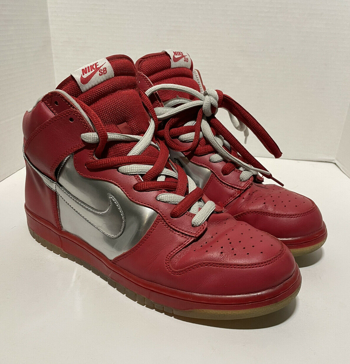 2006 Nike Mork And Mindy SB Dunk High Red/silver … - image 2
