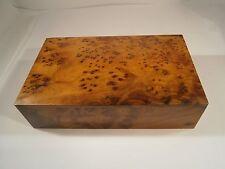 Kostbare Massive Thuja Holz Schatulle New Berber kunst Marokko 22x13,5x6cm